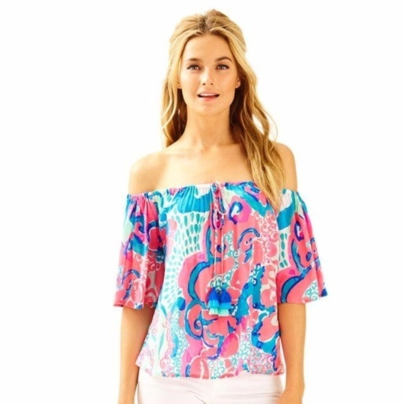 4054d96997271 NWT Lilly Pulitzer Sain Off the Shoulder Blouse